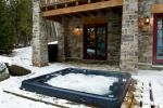 Serenity Cottage Jetski, Hot Tub, Sauna, Ice Rink and more