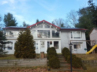 Luxury 6 Bedroom Baysville Cottage